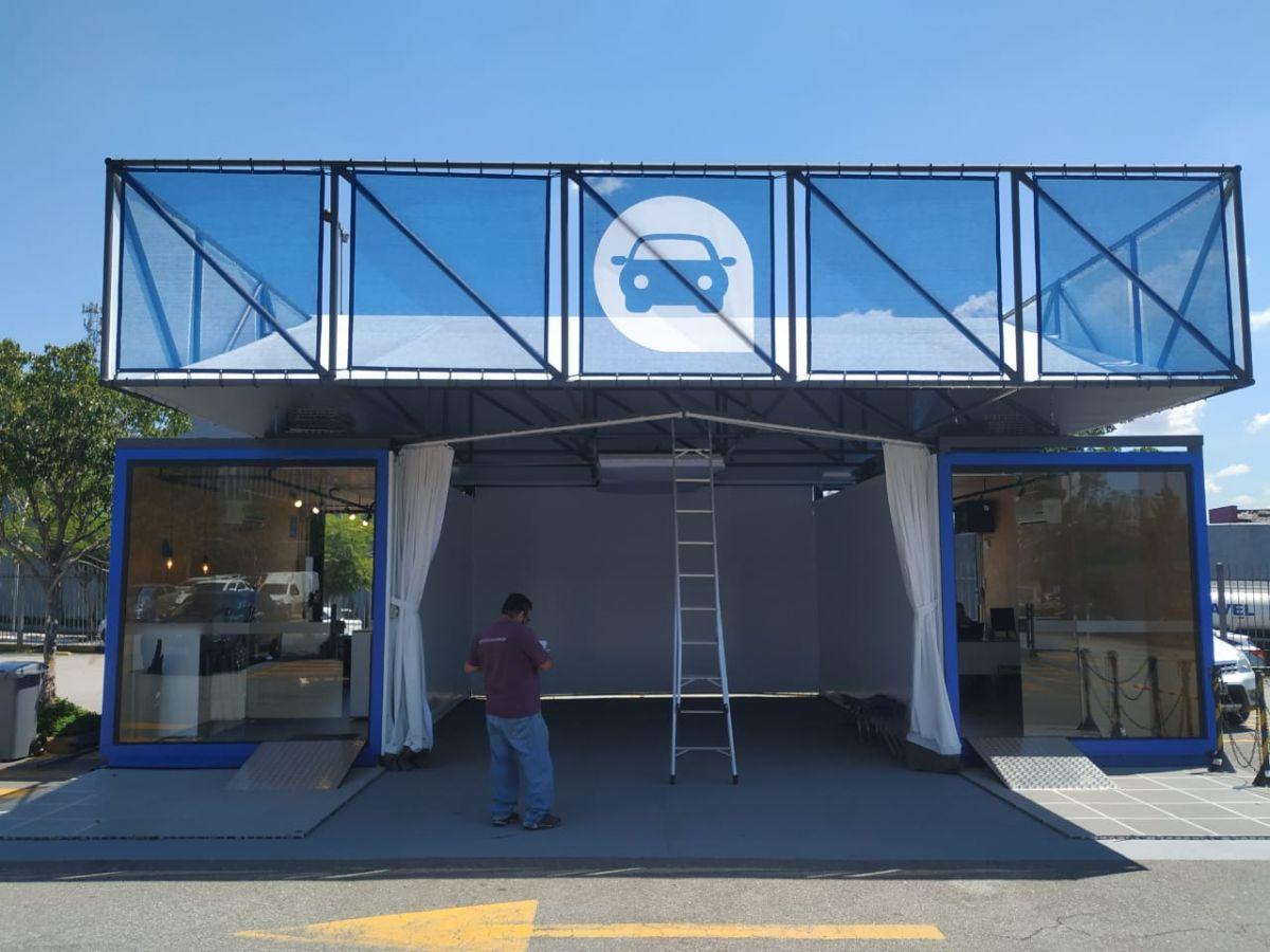Container Loja Venda de Veículos / Stand de vendas -  2 unidades 20 pés  ( Pão de Açucar )
