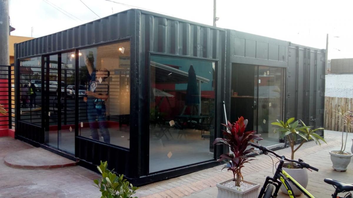 Container Hamburgueria / Restaurante  3 unidades de 20 pés HC - AUS BURGUER ( São Miguel do Arcanjo - SP )