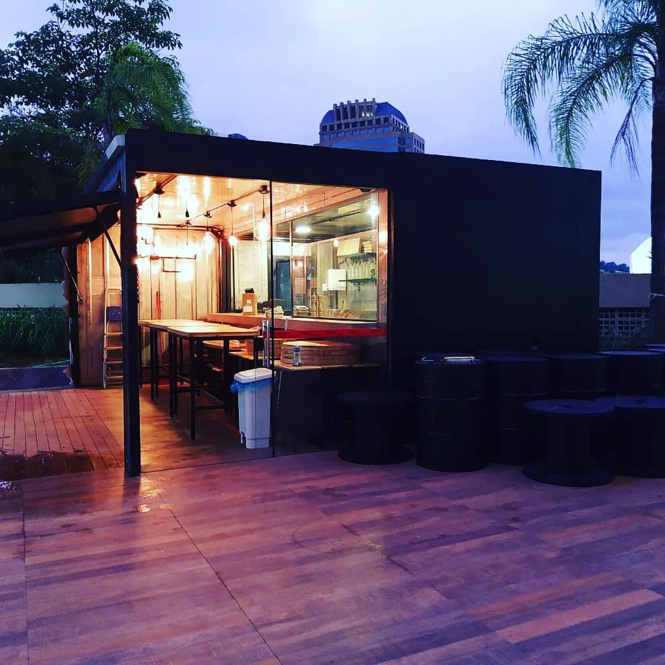 Container Pizzaria SPONTA Ibis São Paulo