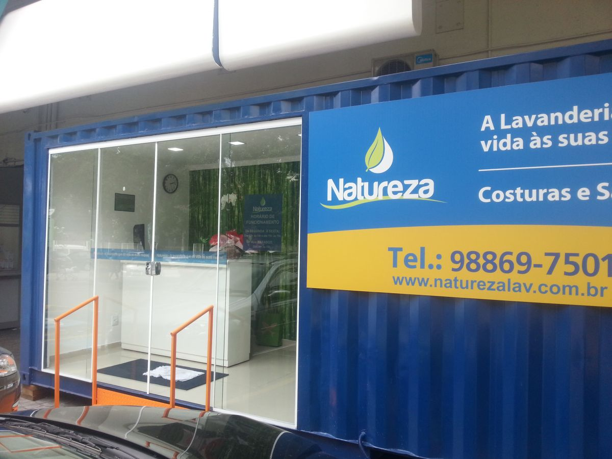 Stand de vendas / Container lavanderia (Pão de açúcar - SP)